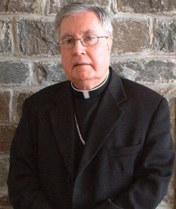 La Santa Sede asegura que sigue adelante el proceso canónico contra Mons. Lahey por posesión de pornografía infantil