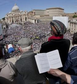 El Vaticano publica el libro de celebración de la beatificación de Juan Pablo II