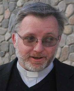 Encabezados por los sacerdotes Quito Mariani y Víctor Acha, 10 laicos increparon a Mons. Ñáñez