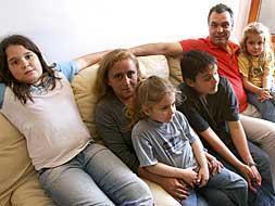 CiU elimina las ayudas universales a los padres por el nacimiento de sus hijos