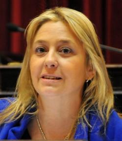 Senadora argentina pide el apoyo de todos los sectores sociales «para moralizar las políticas»