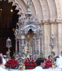 El Corpus Christi en Orihuela recobra el esplendor y tradiciones de años pasados