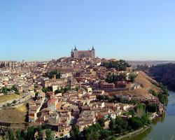 Alternativa Laica critica al Ayuntamiento de Toledo por ofrecer alojamiento a jóvenes para la JMJ