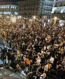 El 15-M apoyará la manifestación contra el Papa