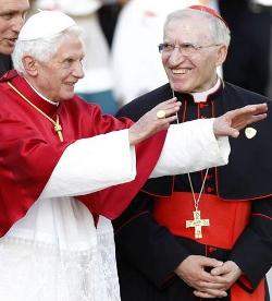 El cardenal Rouco presenta en Madrid el «Libro Oficial de la JMJ»