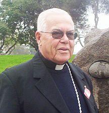 Monseñor Bambarén pide la castración física de los violadores de niños