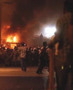 24 muertos y 214 heridos en los disturbios entre militares y cristianos coptos en El Cairo