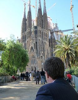 Un juez de Barcelona se basa en sus creencias filosóficas y religiosas para abrir diligencias contra Germinans