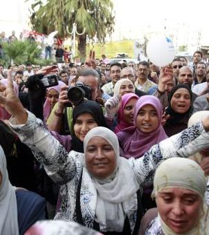 Elecciones en Túnez: ganan los islamistas, pierden los laicistas