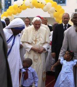 Benedicto XVI a los líderes africanos: «Rogad a Dios que os conceda sabiduría para servir al bien común»