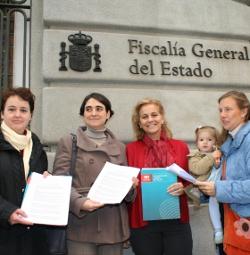 Presentan una querella criminal por corrupción de menores contra Zapatero y Gabilondo