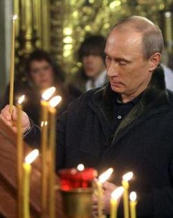 Putin firma la ley que castiga con multas y prisión las ofensas contra los sentimientos religiosos