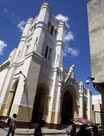 Los opositores a la dictadura cubana que tomaron un templo en La Habana aseguran que les desalojaron brutalmente