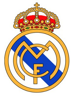 El Real Madrid quita la cruz de su escudo en un complejo turístico de los Emiratos Árabes