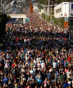 Más de 260.000 alicantinos rompen el récord de asistencia a la Romería a la Santa Faz