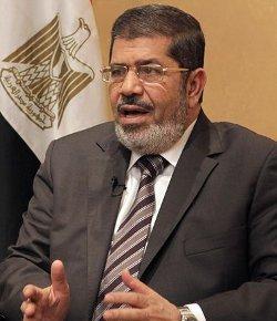 El islamista Mohamed Mursi, primer presidente civil de Egipto en seis décadas