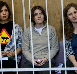 Rusia advierte que no admitirá injerencia exterior por la sentencia contra las jóvenes de Pussy Riot