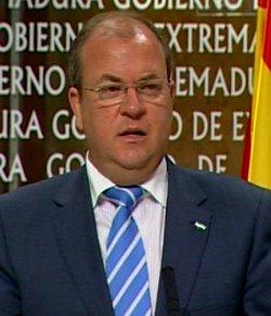 El gobierno de Extremadura negocia con el lobby gay sobre la formación de profesores y alumnos