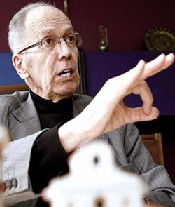 Obispo colombiano acusa de herejía al jesuita Alfonso Llano