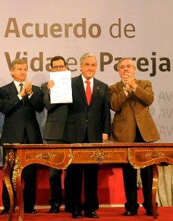Católicos y evangélicos se unen en el rechazo a la ley del Acuerdo de Vida en Pareja de Chile