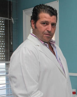 Doctor Esteban Rodríguez: «No existe una sola píldora del día después exenta de efectos abortivos»