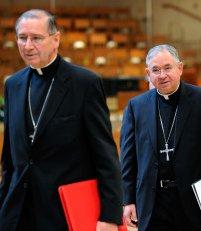 El Arzobispo de Los Ángeles prohíbe al cardenal Mahony toda actividad pública por no atender los abusos sexuales
