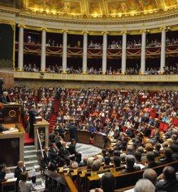 La Asamblea Nacional de Francia aprueba el matrimonio homosexual