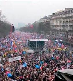 Casi un millón y medio de personas marchan en París por defensa del matrimonio y la familia