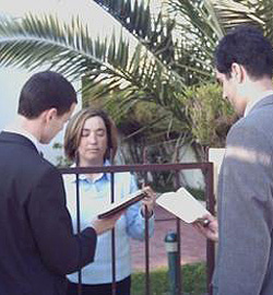 Testigos De Jehová Adoptan Una Nueva Estrategia Para Captar Adeptos