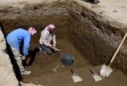 Arqueólogos trabajan en un complejo cercano a donde nació Abraham 1