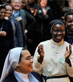 El Papa a las religiosas: La consagrada es madre y no «solterona»