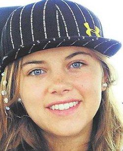 Adolescente de 16 años despierta de coma y agradece cadena mundial de oraciones