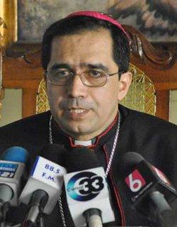 Mons. Escobar Alas: «Les auguramos éxito a las demás religiones, a las cuales respetamos mucho»