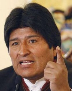 Evo Morales manipula el mensaje del Papa para justificar su supuesto apoyo actual a la Iglesia