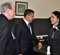 El cardenal Cipriani valora positivamente que la esposa de Humala descarte presentarse a las próximas elecciones presidenciales