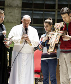 El Papa pregunta a cada joven: «¿Estás dispuesto a entrar en esta onda de la revolución de la fe?»