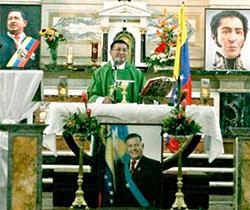 Venezuela: imágenes de Chávez y Bolivar en el altar colocadas por un párroco candidato a la alcaldía