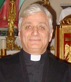 El obispo de Alepo cree que la destrucción del Arco del Triunfo de Palmira es un mero acto de propaganda