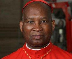 Fallece el cardenal Mazombwe a los 81 años de edad
