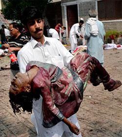 79 muertos en un atentado terrorista suicida en una iglesia en Pakistán