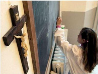 Desciende un punto y medio el porcentaje de alumnos que asisten a clase de religión católica en España
