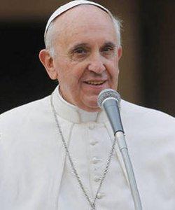 El Papa pide a los pastores no perderse en una serie de «actividades convulsas» que no van a la esencia de la evangelización