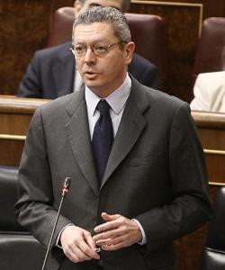 Gallardón ignora las preguntas sobre la ley del aborto y dice que su prioridad es la consulta secesionista de Cataluña