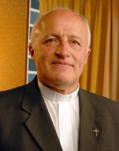 Mons. Scarpellini afirma que la Iglesia en Bolivia fue más dura «con los gobiernos neoliberales» que con Evo Morales