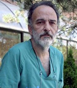 Investigan a la asociación proeutanasia del doctor Montes por la muerte de una mujer