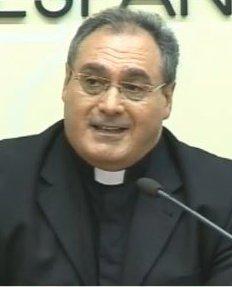 El P. Gil Tamayo pide al PSOE y demás partidos que no usen la Iglesia para distraer de asuntos graves