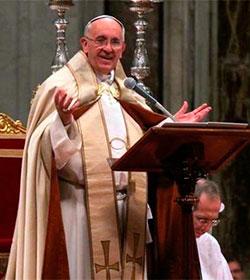 «No olvidéis nunca la mirada de amor de Jesús», pide el Papa a catecúmenos