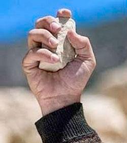 Afganistán: la justicia propone restablecer la lapidación a los adúlteros