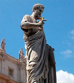 El debate sobre las reliquias de San Pedro revive al exponerlas por primera vez