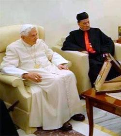 «Soy un monje dedicado a la oración y nada más», afirma Benedicto XVI